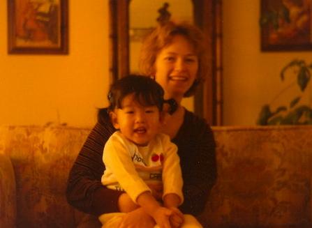 Nov 1979 Jen mom living room
